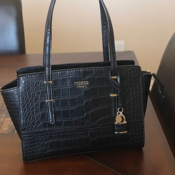 b4064da000282 Guess Handbags - GUESS Devyn Large Satchel